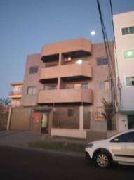 Aluga-se apartamento de 3 quartos no bairro Coqueiral