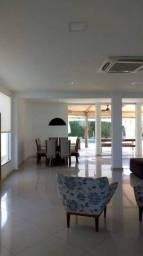 Vende-se belíssima casa, com acabamento de primeira, no Outeiro da Glória - Porto Seguro -