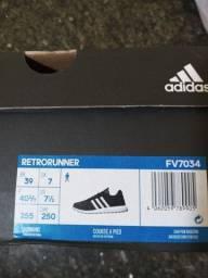 Título do anúncio: Tenis Adidas Novo Modelo Retrorunner n°39 com nota fiscal