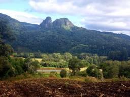 Título do anúncio: Sítio à Venda entre Rio Rufino e Urubici