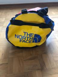 Título do anúncio: Mala de Viagem The North Face - semi nova