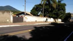 1621 - 3 casas em terreno de 1260 m próxima a Base da Aeronáutica - Sul da Ilha