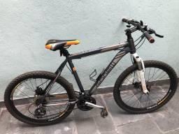 Bicicleta marca gonew