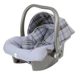 Bebê conforto Touring e base para Cadeira