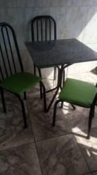 Mesa 3 cadeiras de marmore