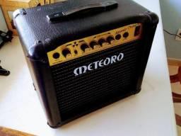 Amplificador de Guitarra da Meteoro 15W