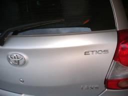 Toyota Etios Rach. 1.3 .xs 2013 - 2013