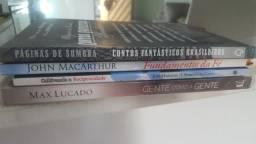 Vendido livros. retirada shopping maracanau