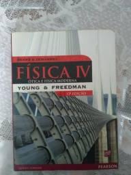 Livro Física IV - Ótica e Física Moderna - Young & Freedman 12° edição em ótimo estado!