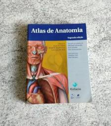 Vendo atlas de anatomia