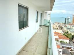 Praia de Itapoã: 3 quartos com varandão e vista eterna para o mar!