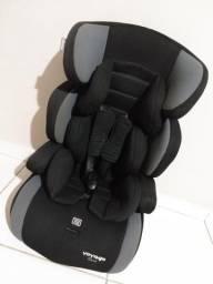 Cadeira automotiva Voyage 9 a 36kg(Aceito cartão)