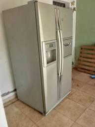 Refrigerador Brastemp 603 litros