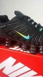 Título do anúncio: Tenis Nike 12 Molas Camaleão