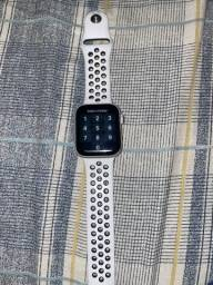 Título do anúncio: Apple watch series 5 44mm Nike series