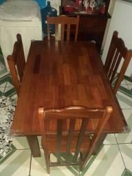 Título do anúncio: Vendo mesa de angelim com 4 cadeiras