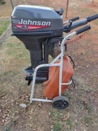 Título do anúncio: Motor johnson 15 HP 1999.