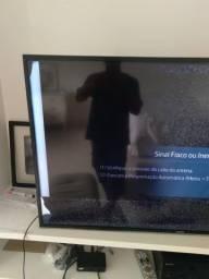 Televisão TV Samsung 48 polegadas - tela trincada
