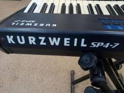 Teclado/Piano Digital Kurzweil SP4-7