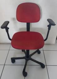 Boa Cadeira de Escritório usada