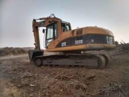 Título do anúncio: Escavadeira Cat 320 2005