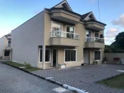 Casa duplex com sotão 1º locação Vargem Grande