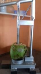 Título do anúncio: furador de coco pinça de inoxfura com rapidez
