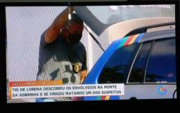 """Título do anúncio: Vendo essa tv 50"""" por 900 reais"""