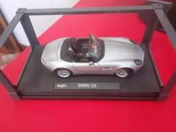 Miniatura BMW Z8 1.18 Maisto Premiere Edition