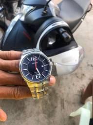 Vendo relógio novo conservado