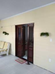 Título do anúncio: Alugo Linda Casa no Bairro Bequimão,  Próximo ao Shopping da Ilha . 3 Quartos, sendo uma s