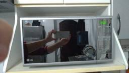 Título do anúncio: Microondas LG MS3059L Easy clean 110V Prata Com Frente Espelhada - 30 Litros