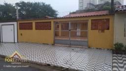 Título do anúncio: Casa com 3 dormitórios à venda, 141 m² por R$ 450.000,00 - Solemar - Praia Grande/SP