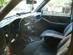 Camioneta Pick-up S 10 - 2001