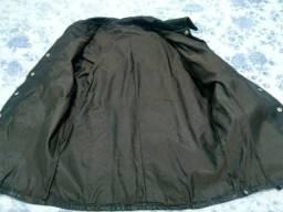 Vendo dois casacos de couro puro e um blusa de couro