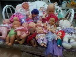 17 bonecas