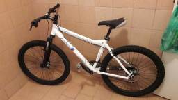 Bicicleta M8
