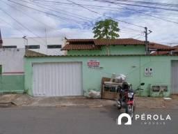 Casa  com 3 quartos - Bairro Residencial Celina Park em Goiânia