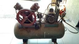 Compressor de ar 2 pistões motor 1 cv