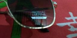 Vende se esse lindo óculos novo$50
