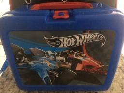 Mochila Hotwhells e lancheira kit $60