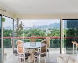 Cobertura espetacular de 760 m², com salão de 180 m², 7 suítes esplêndidas, piscina enorme