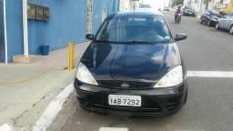 Focus sedan 1.6 ano 2007preco 13500 - 2007