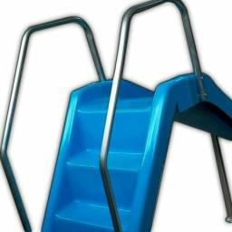 Escorregador curvo com escada pista 2.5