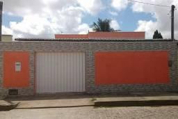 Vendo linda casa em Rosa dos ventos Parnamirim