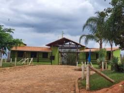 Fazendinhas planas com terra boa em Condomínio Fechado   5km das Cachoeiras - DTR