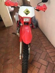 Moto CRF-230 Ano 2014