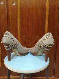 Sapato scarpin de salto