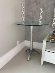 Aparador e mesa lateral