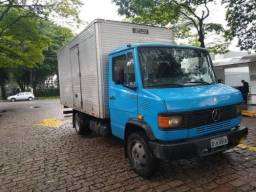 Mercedes-benz 710 - Baú - 2002/2002